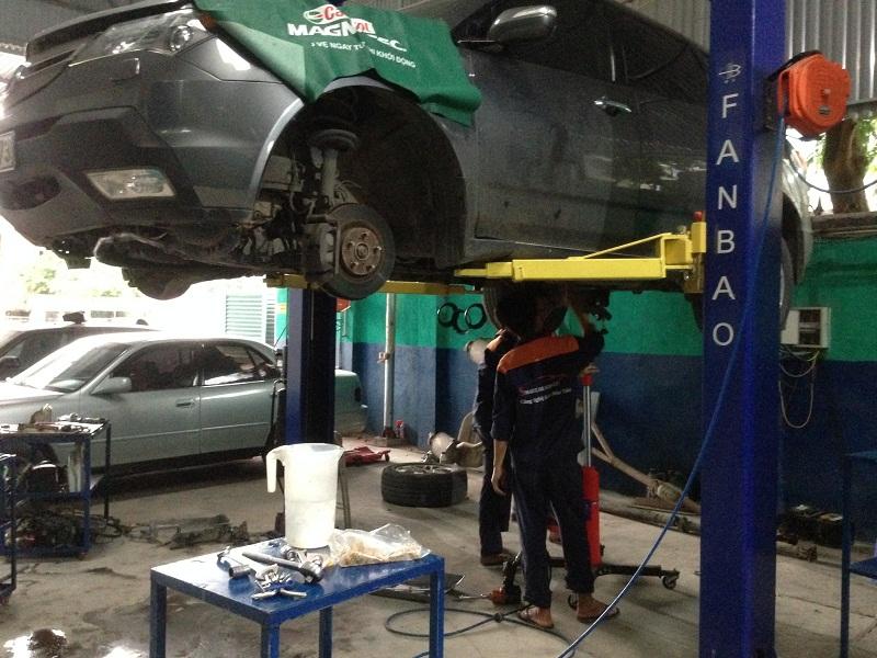 Mách bạn cách tìm một gara sửa xe ô tô tốt nhất